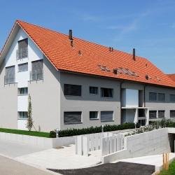 Mehrfamilienhaus Brütten